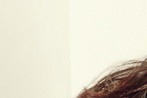 韓團CNBLUE主唱鄭容和單飛出輯,奪下韓音樂節目三冠王,他乘勝追擊,6月20日將來台舉辦演唱會,門票等相關訊息將於近日公布。6月22日是他26歲生日,這次來台也順便慶生,他單飛成績不俗,日前南韓金...