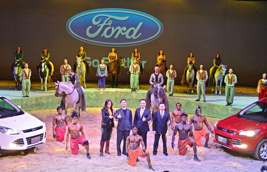 福特大手筆結合Cavalia劇團「夢幻舞馬」的演出,發表2015年式Kuga新車...
