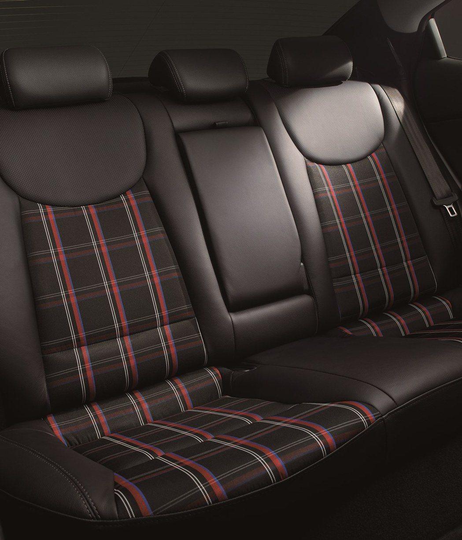 座椅採用紅、藍、白線條搭配,視覺效果出色。 Hyundai提供
