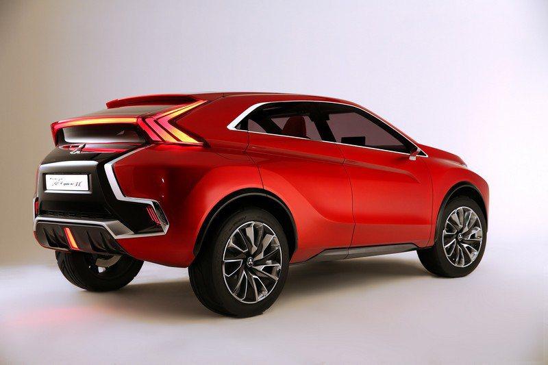 Concept XR PHEV Ⅱ預計最大綜效馬力可達163ps,每公升燃油的二氧化碳排放量會低於40g。 Mitsubishi提供