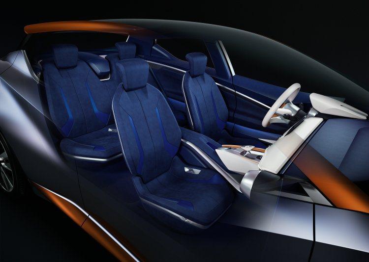 薄型座椅以鋁合金打造,輕量化之餘造型亦顯時尚。 NISSAN提供