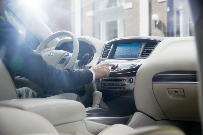 安全領航限時優惠方案,輕鬆入主風格菁英最愛的魅力車款,體驗INFINITI的無限...
