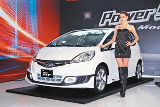 油價創歷史新高,短期內將打壓大車的市場買氣,消費者可能轉而選擇節能優先的小型車。...