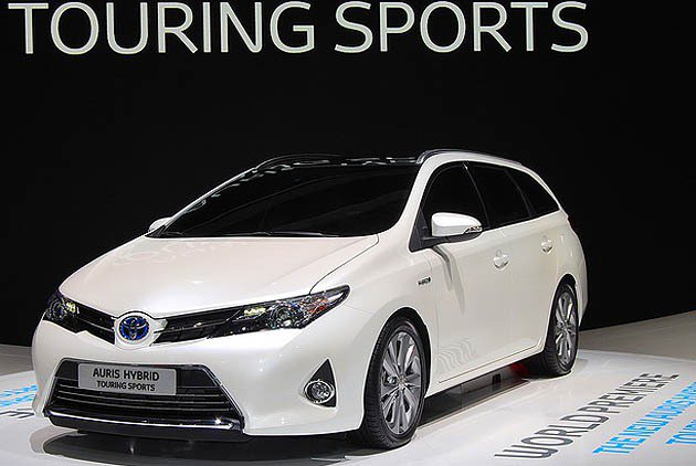 Toyota Aurius hybrid的旅行車版本Touring_Sports...