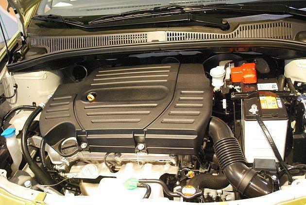 SX4動力仍為1.6升VVT可變正時汽門16V引擎。 趙惠群