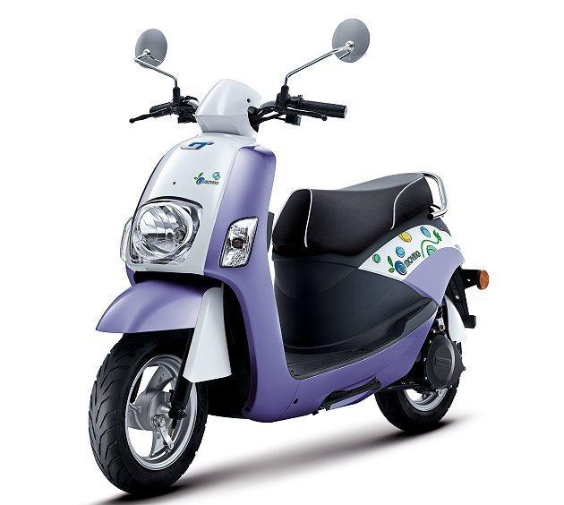 e-moving新增「桃喜紅」和「羅蘭紫」新車色,相信更能滿足多樣喜好的消費者。...