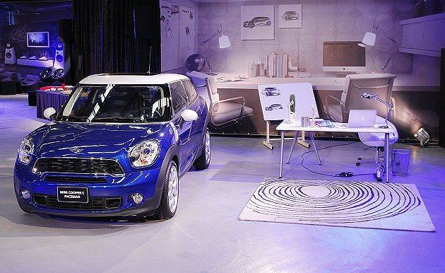 Paceman有專屬Starlight Blue車色,搭配白色車頂。 趙惠群