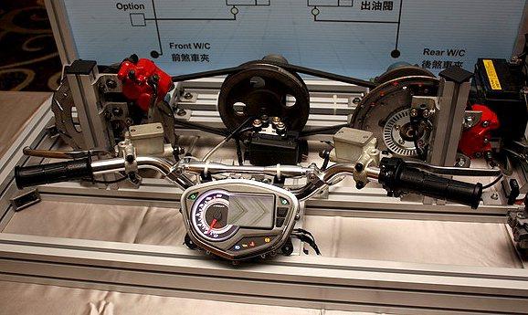 PGO在日本Bosch枥木縣測試中心耗時一年,確保了ABS系統能夠在Tigra ...