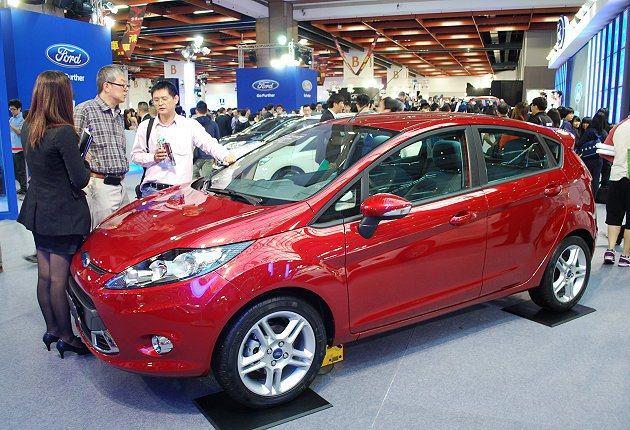 車商憂心購車補貼政策牛步反而會造成消費者觀望,使市場買氣衰減。 趙惠群