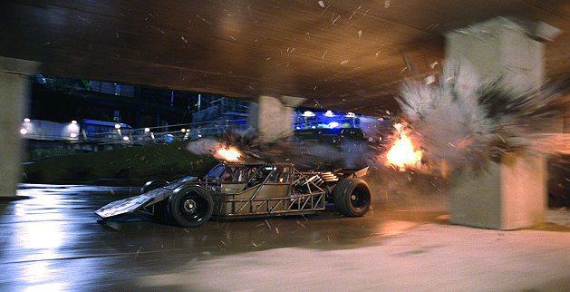 衝鋒車外型極似賽道上的純賽車,可榨出500匹馬力。 環球影片