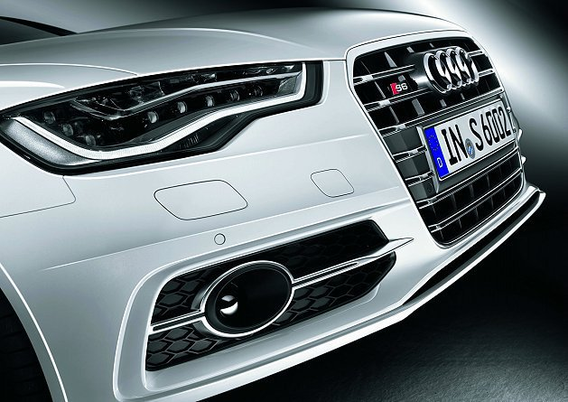 Audi S6 Avant 性能轎旅也將同步上市,正式揭開「2013性能元年第三...