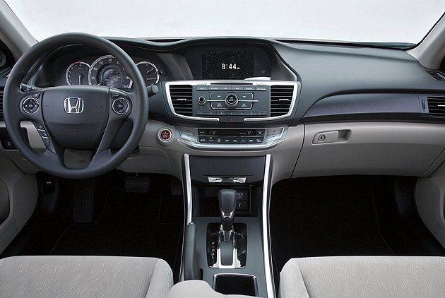 內裝廠照,實際以發表會當日規格為主。 Honda