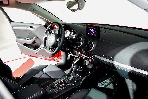 S3 Sportback有Audi Drive Select程式車身動態系統,有...