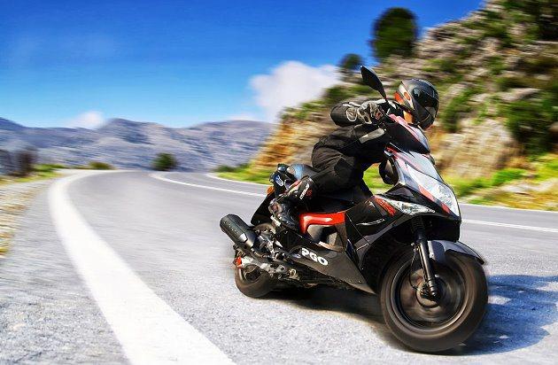 G-MAX 150水冷在彎道有出色的穩定性與操控。 PGO提供