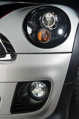 MINI LED日間行車燈組。 MINI提供