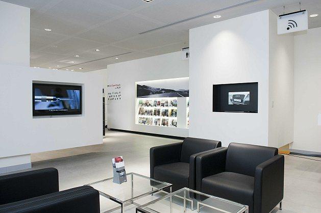 全新「Audi中和3S全方位多功能展示暨服務中心」的內部規劃有精品零件銷售區、V...