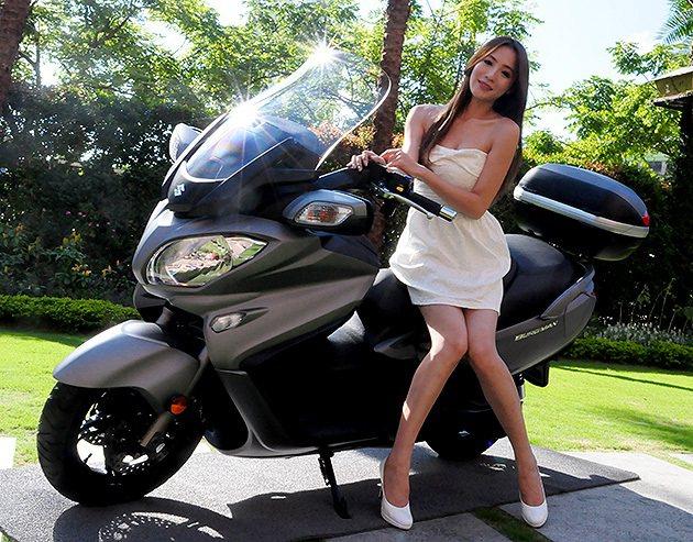 2013 Suzuki Burgman(又稱AN650)不到50萬搶攻市場… 蔡...