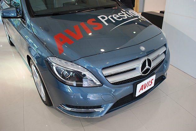 新增的賓士車將加入AVIS Prestige車隊。 記者趙惠群/攝影