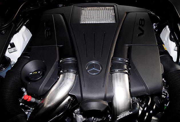 S500 L的V8引擎。 蔡志宇