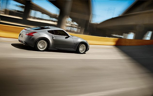 Nissan 370Z 以性能與實用性的絕妙平衡,滿足車主多方位使用的需求。 N...