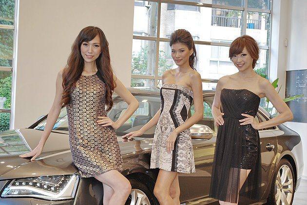 伊林名模組成的車展Show Girl團隊。 記者趙惠群/攝影