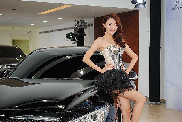 李凱玲身高175公分。 記者趙惠群/攝影