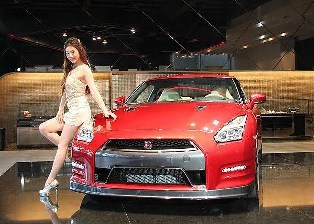 2015年式的GT-R報價600萬元起。 記者趙惠群/攝影