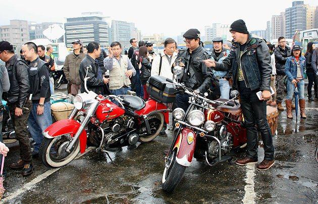 眾多車友齊聚一堂。 記者林和謙/攝影