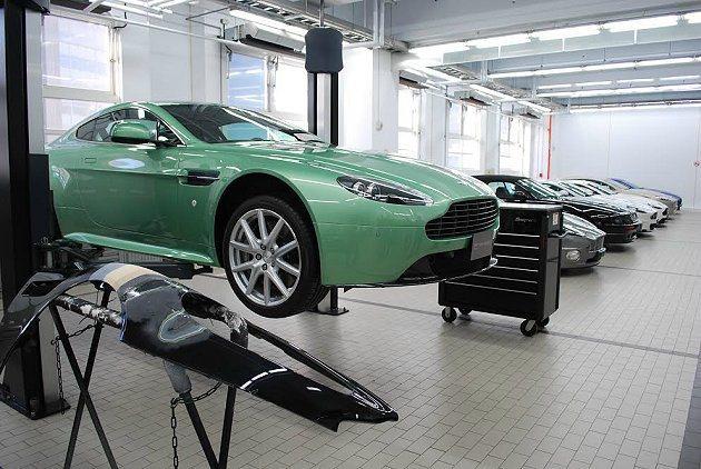 永三汽車位於內湖科技園區的維修廠首次開放給媒體開放拍攝。 記者趙惠群/攝影