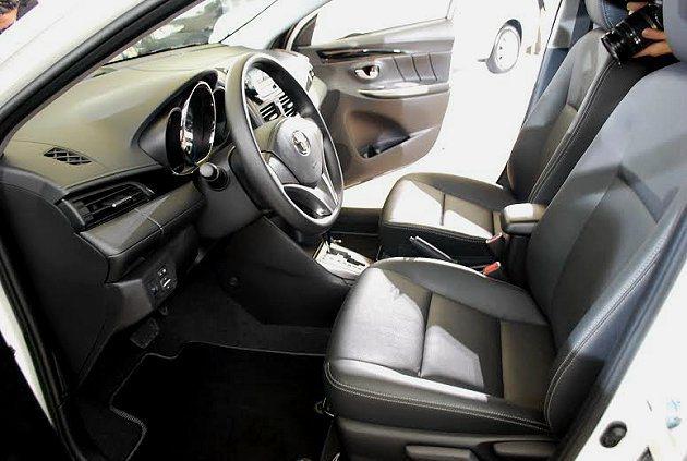 車內空間變大變寬,前後腿部空間放大。 記者趙惠群/攝影