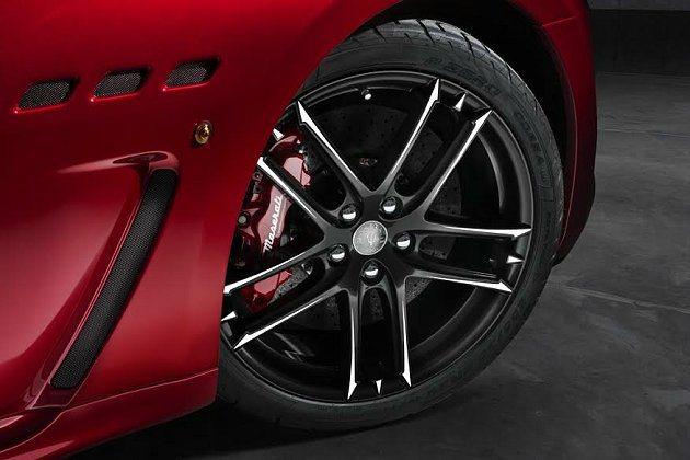 Maserati GT MC Stradale鋁圈也提供了豐富的選擇。 Mase...