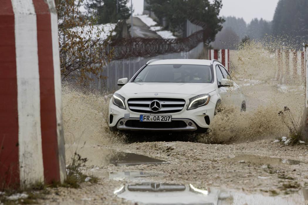 全新一代M-Benz new GLA M-Benz提供
