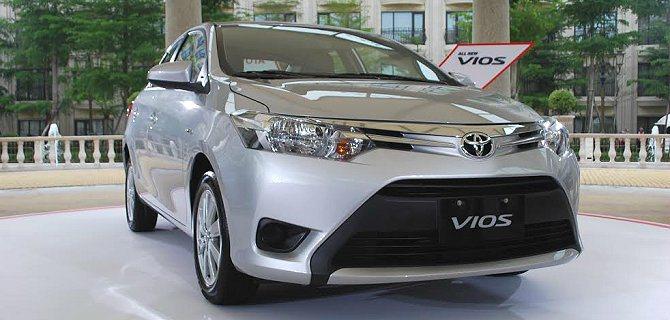 Toyota全車系小資購車方案,結合低頭款+低月付以及期滿選購權組合,提供小資族...