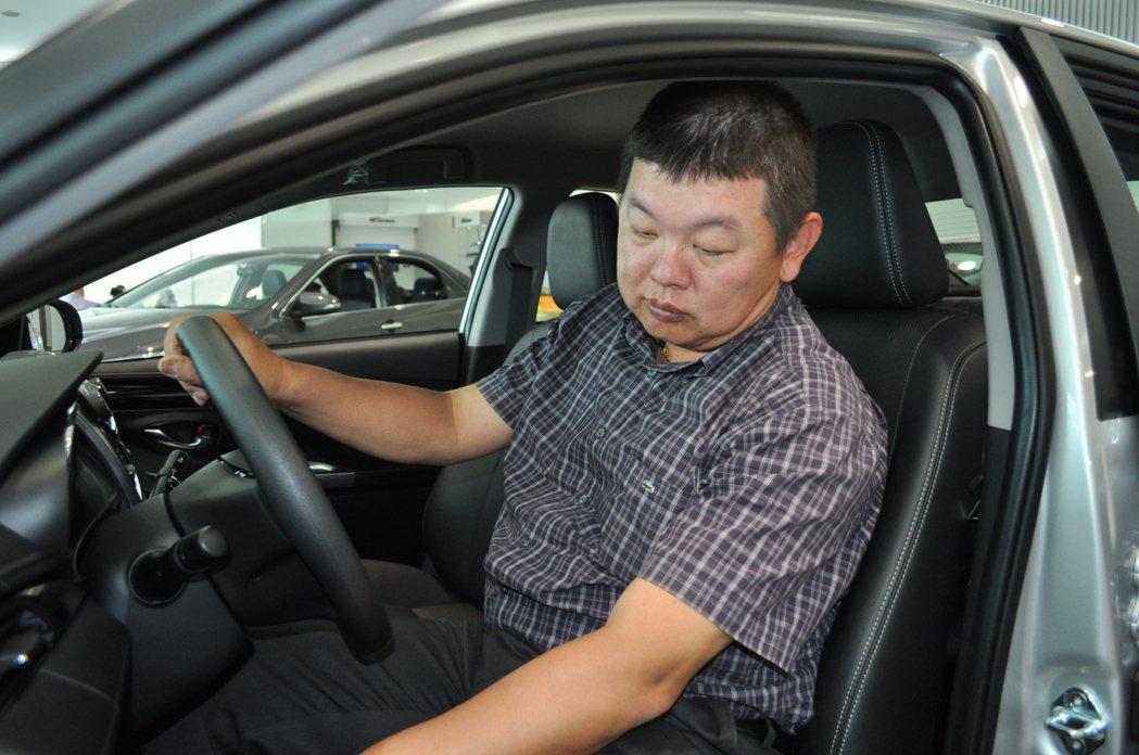 汽車對洪先生只是代步工具,因此要求低負擔好保養就是他選擇VIOS主因 記者許信文...