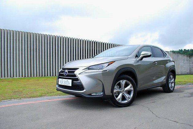 和泰汽車公佈NX193萬元起跳正式預售價格,初期將以Hybrid油電複合動力車型...
