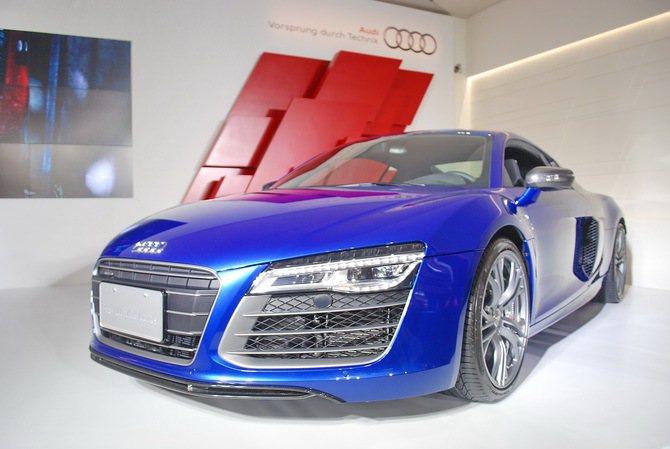 首度引進國內的全新Audi R8 V10 Plus Coupe高性能運動競技版超...