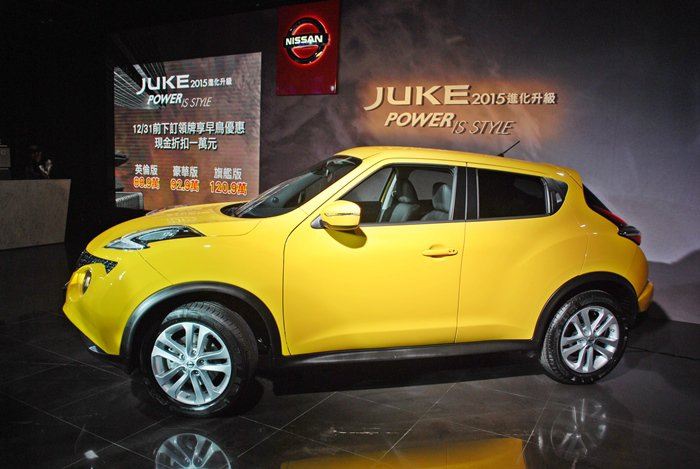 Juke採高腰線設計,並有提高且外突的輪拱,洋溢跑格。 記者趙惠群/攝影