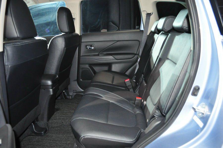 休旅車大空間乘坐舒適性。 記者許信文/攝影