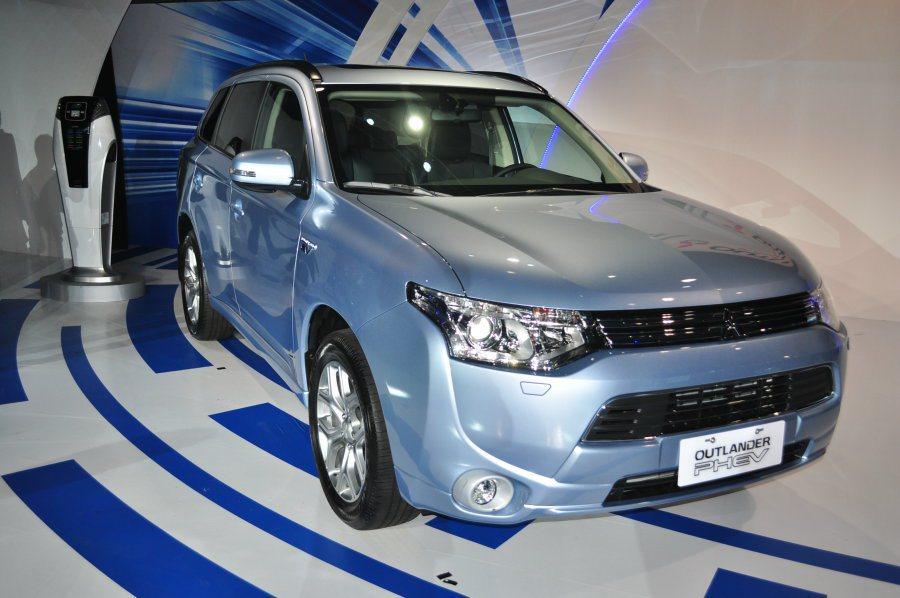 受到貨物稅優惠調整,最快預計農曆年後中華汽車將會重新調整OUTLANDER PH...