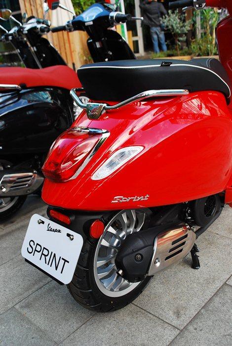 Sprint比照Primavera,配備震動和噪音都很小的CVT變速系統,而車身...