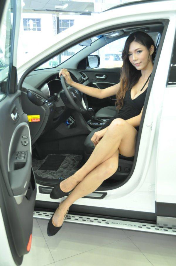雙特仕車型也會在本周末世貿一館台北新車大展中亮相。  記者許信文/攝影