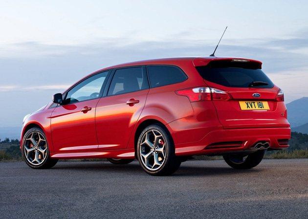 多出一節車廂,Ford Focus ST五門旅行車增添實用性。 Ford