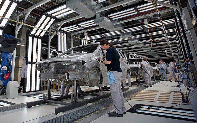 Mercedes-Benz自2012年3月起積極佈局匈牙利。 Auto-Onli...