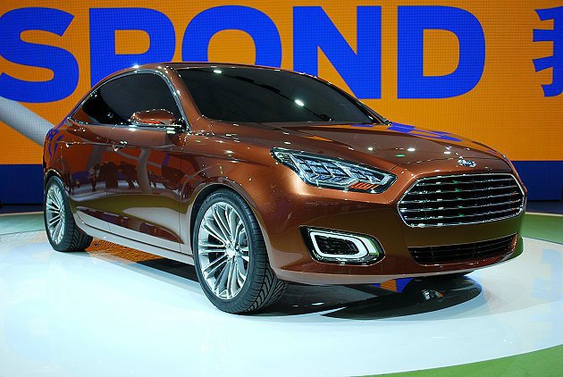福特讓經典房車Escort重現江湖,意圖搶進大陸中型房車市場。 趙惠群