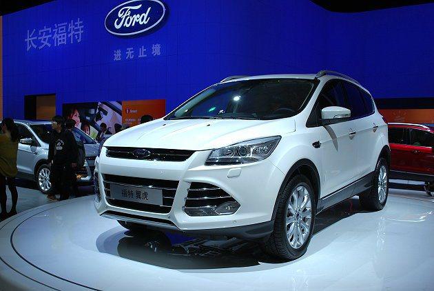福特同台展演的還有三款SUV,此為EcoSport搭載全新中文車載多媒體系統。 ...
