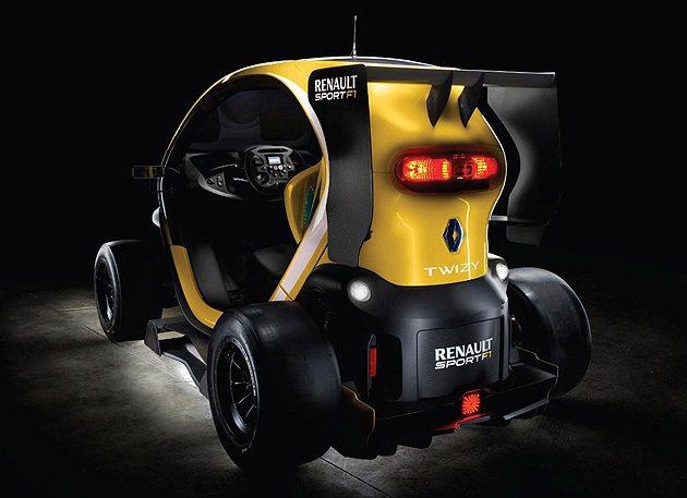 車尾的迷你尾翼下方設計相當特別。 Renaultsport
