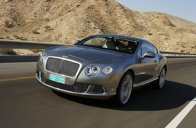 Bentley Continental GT跑車在赫茲租車也租的到。 Bentl...