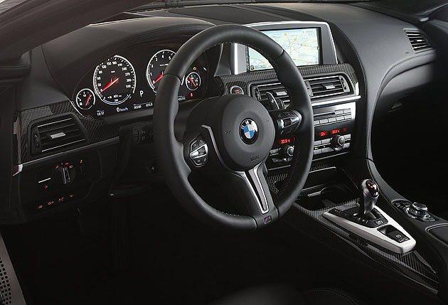 內裝部分提供更多材質的選擇。 BMW