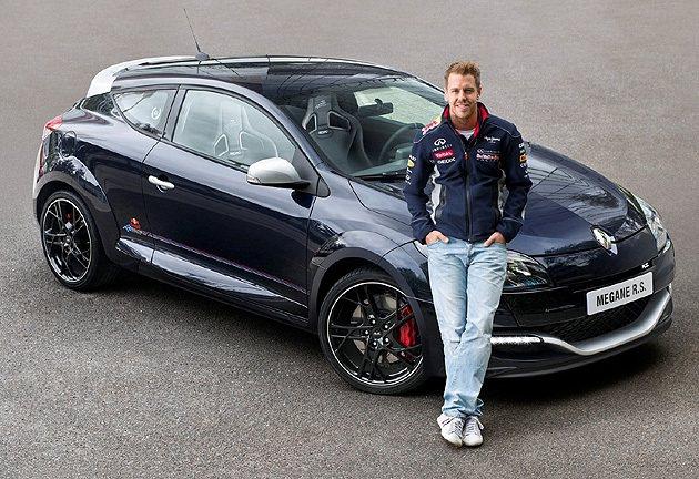 Sebastian Vettel與Mégane RS Red Bull Raci...