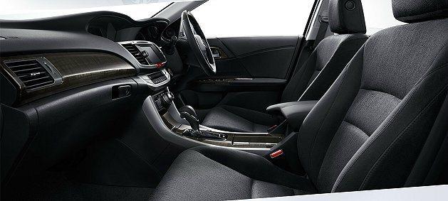 內裝鋪陳細緻並結合完整的數位娛樂與多媒體系統。 Honda